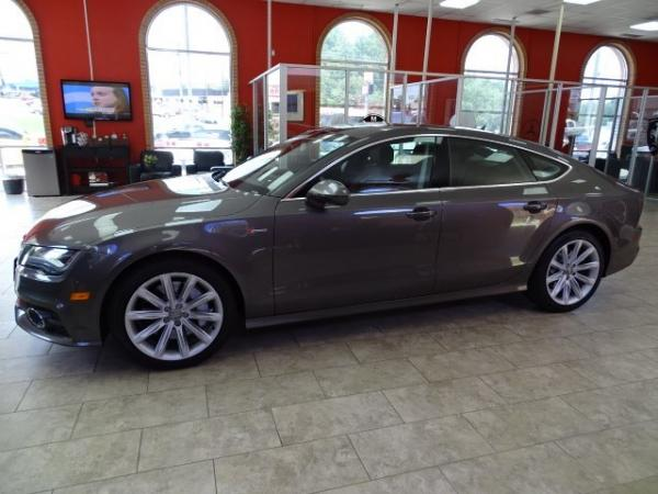 Used 2012 Audi A7 3.0 Prestige for sale Sold at Gravity Autos in Roswell GA 30076 4