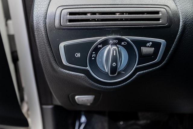 Used 2018 Mercedes-Benz GLC GLC 300 for sale $33,995 at Gravity Autos Atlanta in Chamblee GA 30341 19