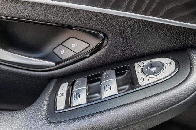 Used 2018 Mercedes-Benz GLC GLC 300 for sale $33,995 at Gravity Autos Atlanta in Chamblee GA 30341 33