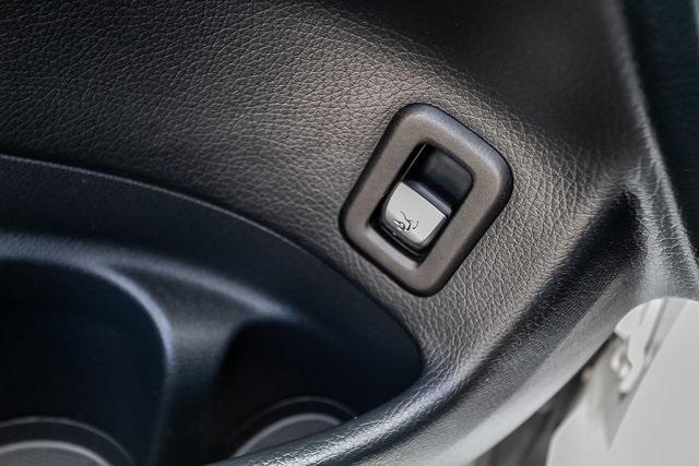 Used 2018 Mercedes-Benz GLC GLC 300 for sale $33,995 at Gravity Autos Atlanta in Chamblee GA 30341 34