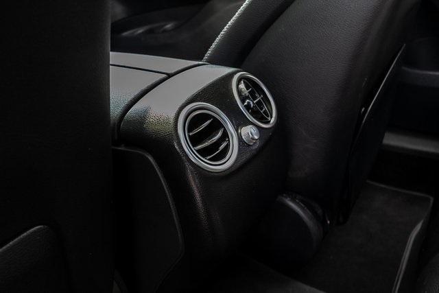 Used 2018 Mercedes-Benz GLC GLC 300 for sale $33,995 at Gravity Autos Atlanta in Chamblee GA 30341 40