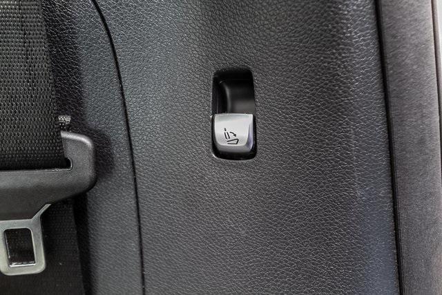 Used 2018 Mercedes-Benz GLC GLC 300 for sale $33,995 at Gravity Autos Atlanta in Chamblee GA 30341 43