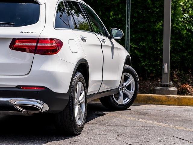 Used 2018 Mercedes-Benz GLC GLC 300 for sale $33,995 at Gravity Autos Atlanta in Chamblee GA 30341 49