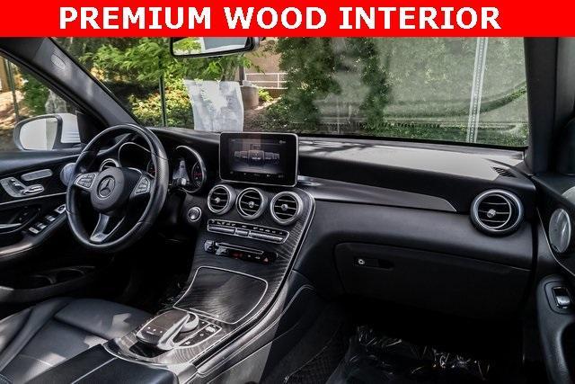 Used 2018 Mercedes-Benz GLC GLC 300 for sale $33,995 at Gravity Autos Atlanta in Chamblee GA 30341 5