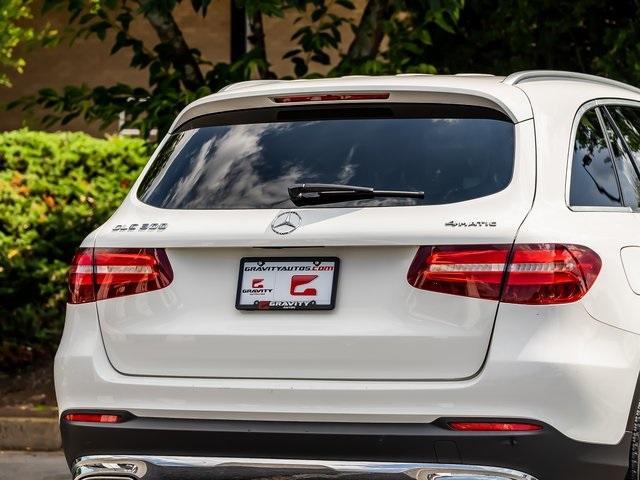 Used 2018 Mercedes-Benz GLC GLC 300 for sale $33,995 at Gravity Autos Atlanta in Chamblee GA 30341 51