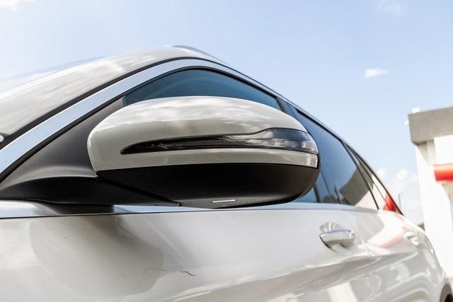 Used 2018 Mercedes-Benz GLC GLC 300 for sale $33,995 at Gravity Autos Atlanta in Chamblee GA 30341 55