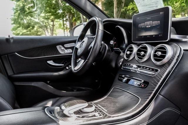 Used 2018 Mercedes-Benz GLC GLC 300 for sale $33,995 at Gravity Autos Atlanta in Chamblee GA 30341 6