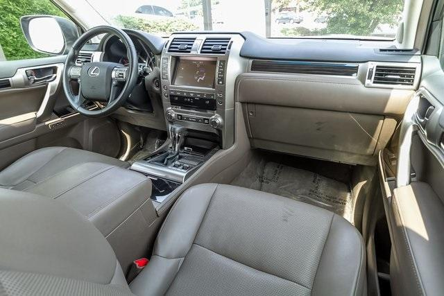 Used 2018 Lexus GX 460 for sale Sold at Gravity Autos Atlanta in Chamblee GA 30341 5