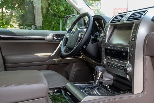 Used 2018 Lexus GX 460 for sale Sold at Gravity Autos Atlanta in Chamblee GA 30341 7