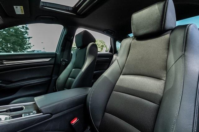 Used 2020 Honda Accord Sport 2.0T for sale $28,995 at Gravity Autos Atlanta in Chamblee GA 30341 31