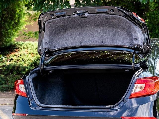 Used 2020 Honda Accord Sport 2.0T for sale $28,995 at Gravity Autos Atlanta in Chamblee GA 30341 37
