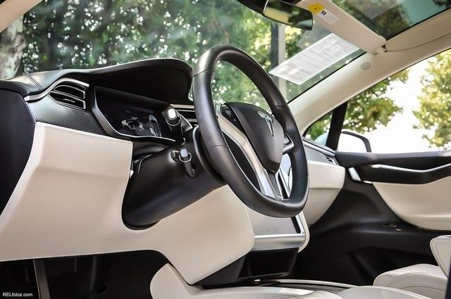 Used 2018 Tesla Model X 100D for sale $76,995 at Gravity Autos Atlanta in Chamblee GA 30341 9