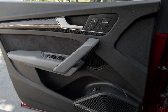 Used 2018 Audi SQ5 3.0T Prestige for sale $43,499 at Gravity Autos Atlanta in Chamblee GA 30341 34