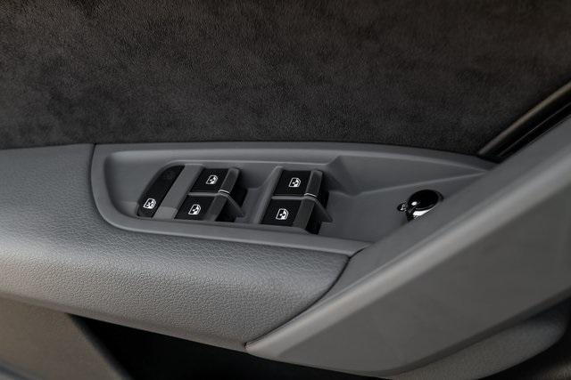Used 2018 Audi SQ5 3.0T Prestige for sale $43,499 at Gravity Autos Atlanta in Chamblee GA 30341 36