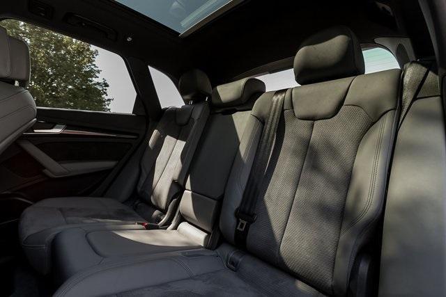 Used 2018 Audi SQ5 3.0T Prestige for sale $43,499 at Gravity Autos Atlanta in Chamblee GA 30341 45