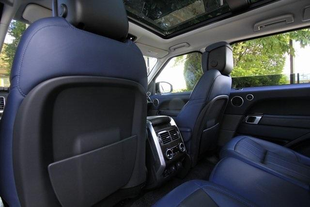 Used 2018 Land Rover Range Rover Sport HSE Dynamic for sale $71,995 at Gravity Autos Atlanta in Chamblee GA 30341 35