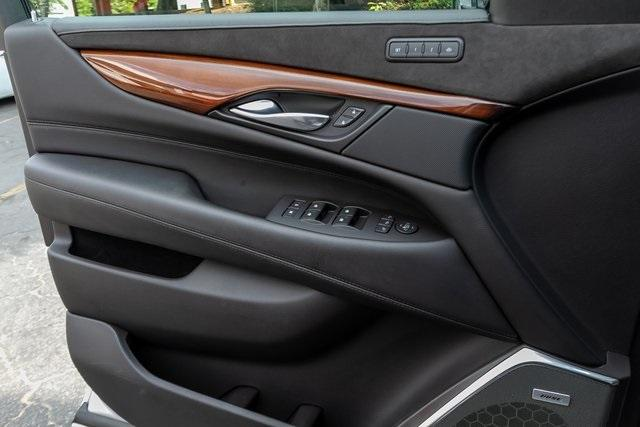 Used 2019 Cadillac Escalade Luxury for sale $61,099 at Gravity Autos Atlanta in Chamblee GA 30341 23