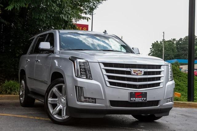 Used 2019 Cadillac Escalade Luxury for sale $61,099 at Gravity Autos Atlanta in Chamblee GA 30341 3