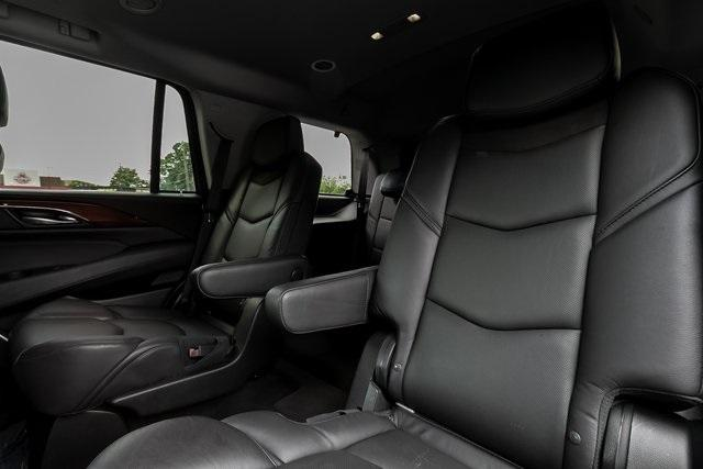 Used 2019 Cadillac Escalade Luxury for sale $61,099 at Gravity Autos Atlanta in Chamblee GA 30341 32