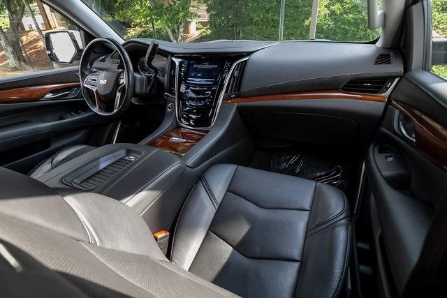 Used 2019 Cadillac Escalade Luxury for sale $61,099 at Gravity Autos Atlanta in Chamblee GA 30341 5