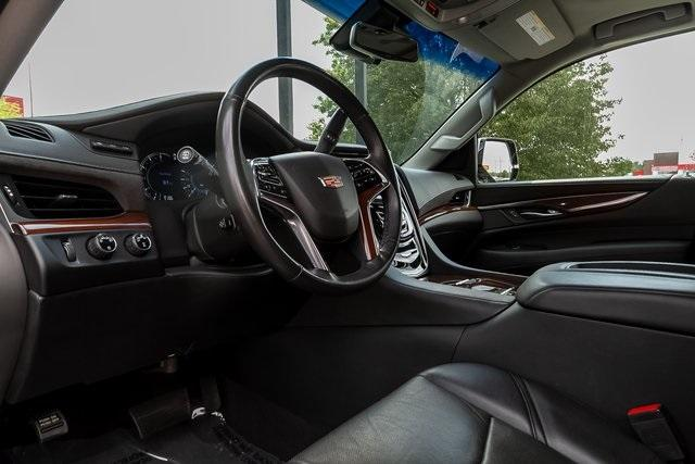 Used 2019 Cadillac Escalade Luxury for sale $61,099 at Gravity Autos Atlanta in Chamblee GA 30341 7
