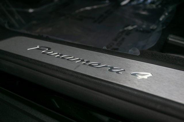 Used 2018 Porsche Panamera Base for sale $73,995 at Gravity Autos Atlanta in Chamblee GA 30341 36