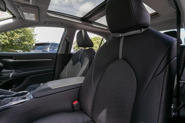 Used 2020 Toyota Camry XSE for sale $30,800 at Gravity Autos Atlanta in Chamblee GA 30341 29