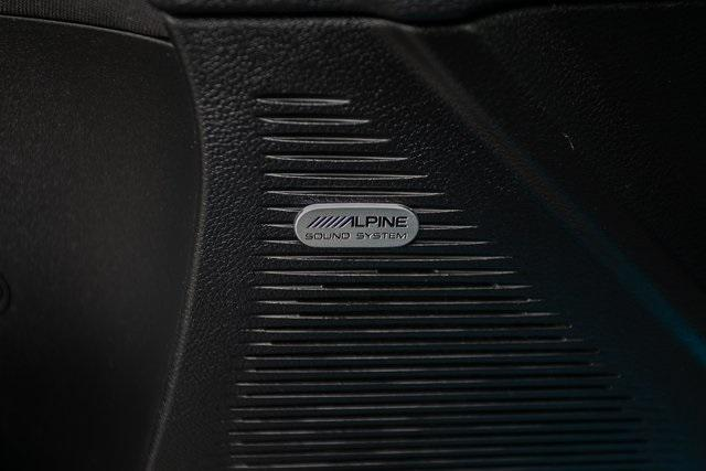 Used 2015 Dodge Challenger R/T Shaker for sale $31,900 at Gravity Autos Atlanta in Chamblee GA 30341 26
