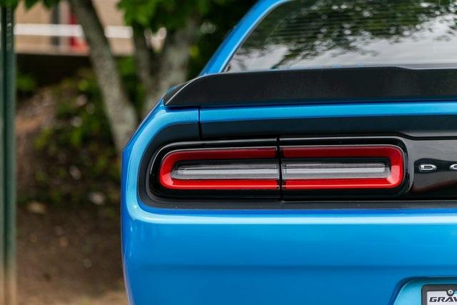 Used 2015 Dodge Challenger R/T Shaker for sale $31,900 at Gravity Autos Atlanta in Chamblee GA 30341 33
