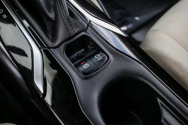Used 2020 Toyota Corolla LE for sale $19,295 at Gravity Autos Atlanta in Chamblee GA 30341 17