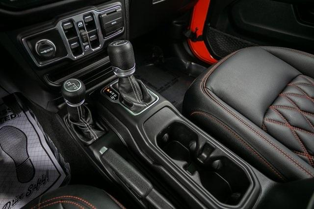 Used 2019 Jeep Wrangler Unlimited Sahara for sale $51,995 at Gravity Autos Atlanta in Chamblee GA 30341 17