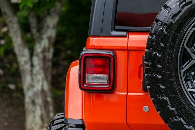 Used 2019 Jeep Wrangler Unlimited Sahara for sale $51,995 at Gravity Autos Atlanta in Chamblee GA 30341 40