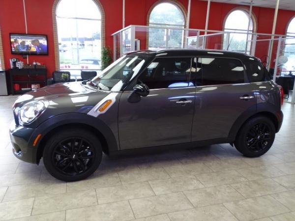 Used 2012 MINI Cooper Countryman for sale Sold at Gravity Autos in Roswell GA 30076 4