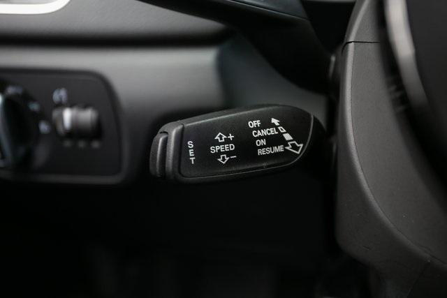 Used 2018 Audi Q3 2.0T Premium for sale $26,995 at Gravity Autos Atlanta in Chamblee GA 30341 13