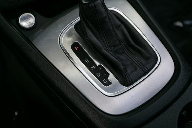 Used 2018 Audi Q3 2.0T Premium for sale $26,995 at Gravity Autos Atlanta in Chamblee GA 30341 17