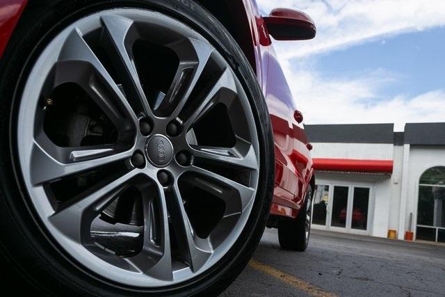 Used 2018 Audi Q3 2.0T Premium for sale $26,995 at Gravity Autos Atlanta in Chamblee GA 30341 47