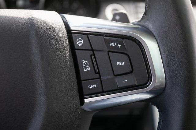 Used 2018 Land Rover Discovery Sport HSE for sale $33,795 at Gravity Autos Atlanta in Chamblee GA 30341 9