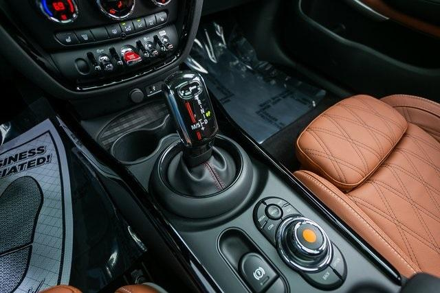 Used 2021 MINI Cooper S Clubman Iconic for sale Sold at Gravity Autos Atlanta in Chamblee GA 30341 17