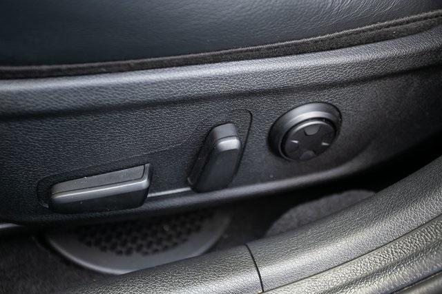 Used 2018 Kia Stinger Premium for sale Sold at Gravity Autos Atlanta in Chamblee GA 30341 32