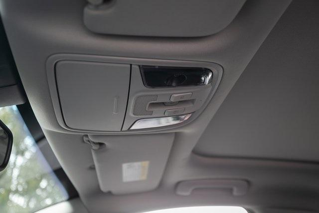 Used 2018 Kia Stinger Premium for sale Sold at Gravity Autos Atlanta in Chamblee GA 30341 33
