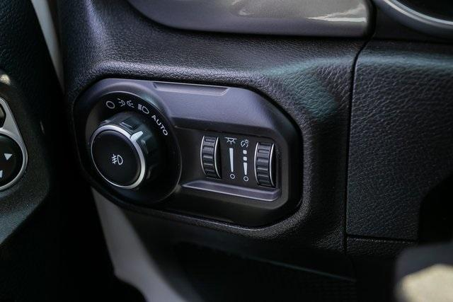 Used 2018 Jeep Wrangler Unlimited Sahara for sale $44,495 at Gravity Autos Atlanta in Chamblee GA 30341 13