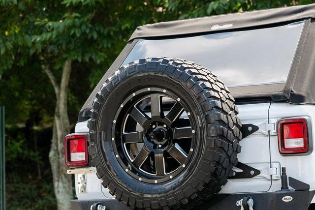 Used 2018 Jeep Wrangler Unlimited Sahara for sale $44,495 at Gravity Autos Atlanta in Chamblee GA 30341 38