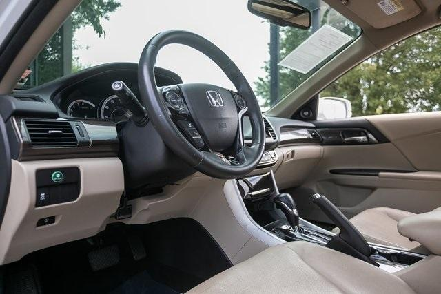 Used 2017 Honda Accord EX-L for sale Sold at Gravity Autos Atlanta in Chamblee GA 30341 8