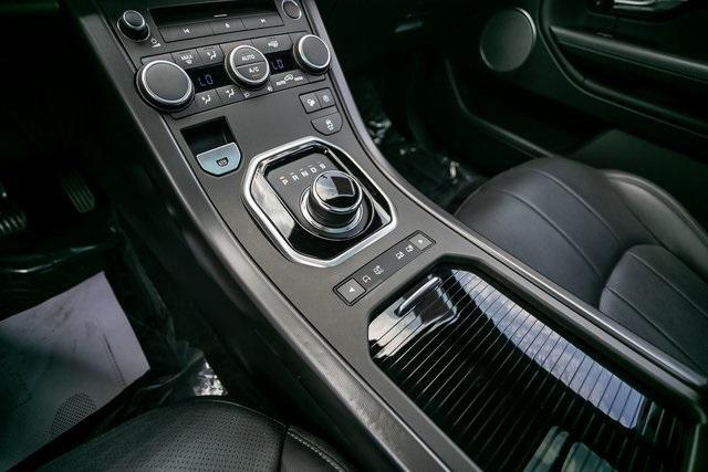 Used 2018 Land Rover Range Rover Evoque SE Premium for sale $35,928 at Gravity Autos Atlanta in Chamblee GA 30341 17
