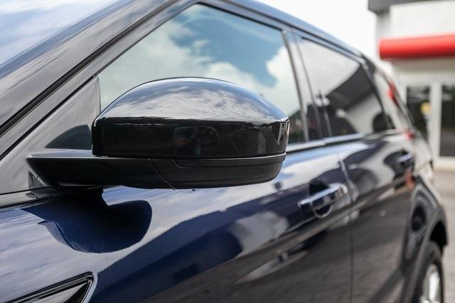 Used 2018 Land Rover Range Rover Evoque SE Premium for sale $35,928 at Gravity Autos Atlanta in Chamblee GA 30341 45