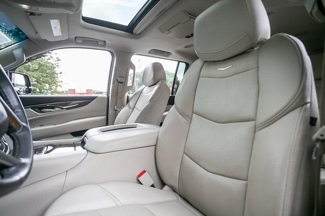 Used 2019 Cadillac Escalade ESV Premium for sale $69,495 at Gravity Autos Atlanta in Chamblee GA 30341 27