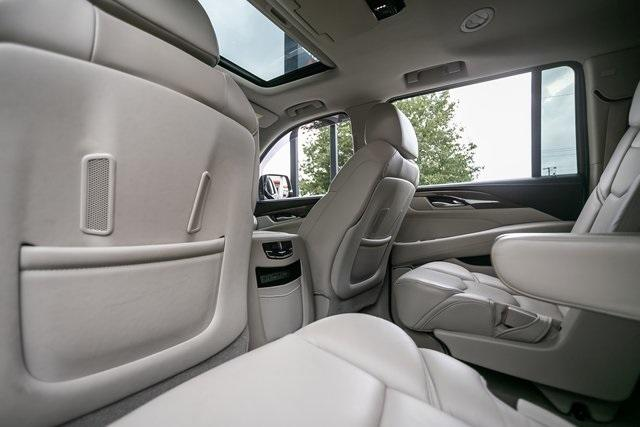Used 2019 Cadillac Escalade ESV Premium for sale $69,495 at Gravity Autos Atlanta in Chamblee GA 30341 29