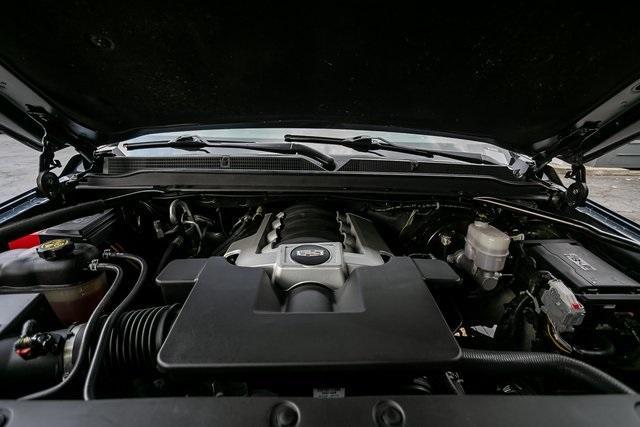 Used 2019 Cadillac Escalade ESV Premium for sale $69,495 at Gravity Autos Atlanta in Chamblee GA 30341 43