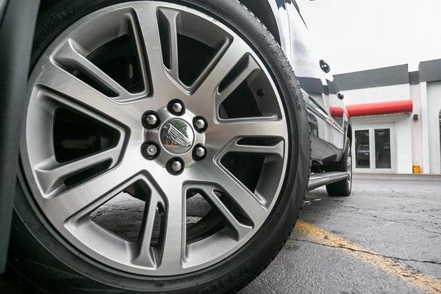 Used 2019 Cadillac Escalade ESV Premium for sale $69,495 at Gravity Autos Atlanta in Chamblee GA 30341 45