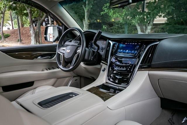 Used 2019 Cadillac Escalade ESV Premium for sale $69,495 at Gravity Autos Atlanta in Chamblee GA 30341 7